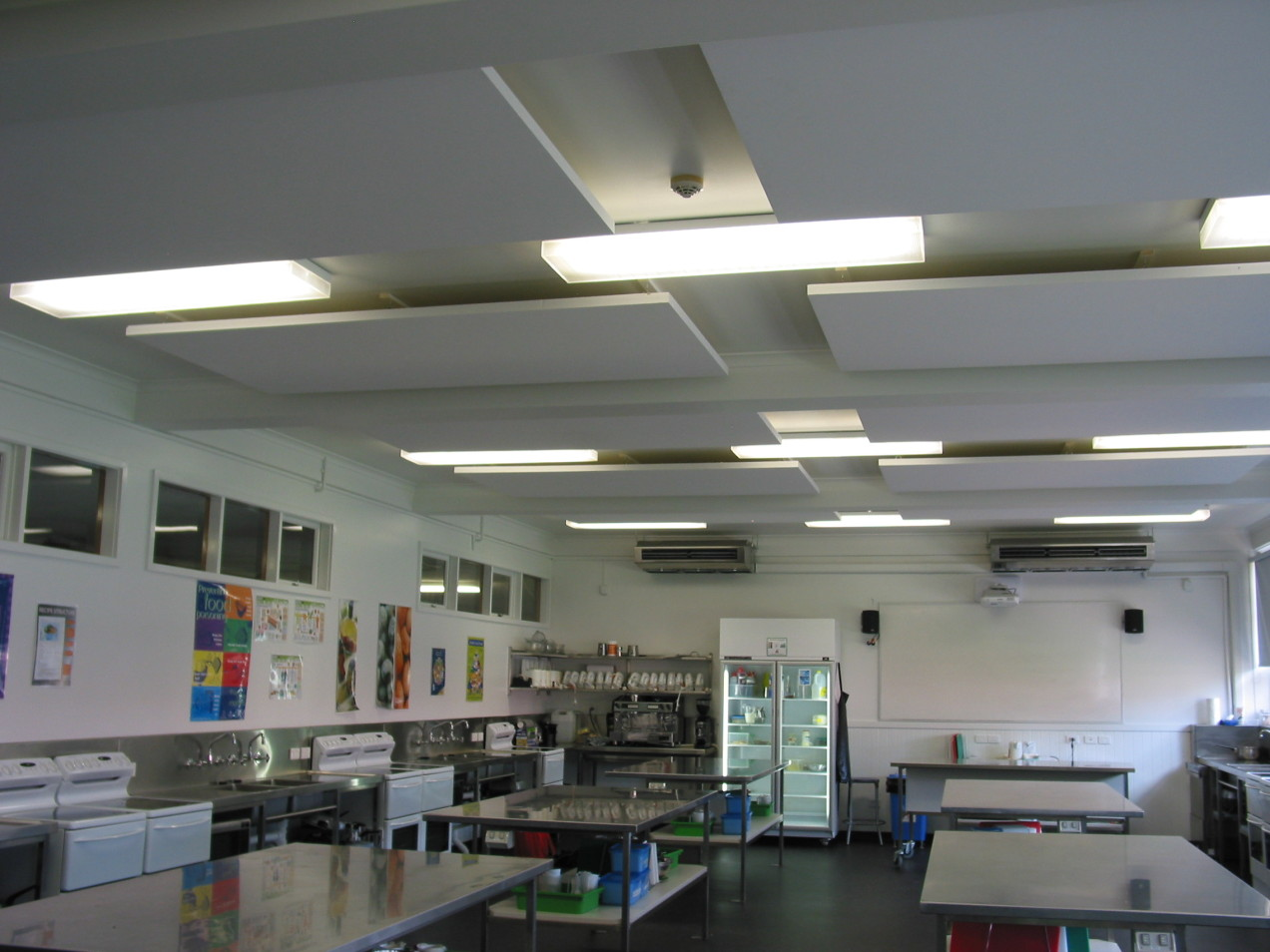 Sonofonic Lightweight Acoustic Panels installed in a Teaching Kitchen to minimise background noise